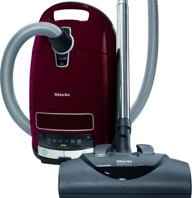 The best soft carpet vacuum cleaner miele complete c3 for Miele cat dog