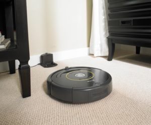 Roomba 652 Robot Vacuum Review Pros