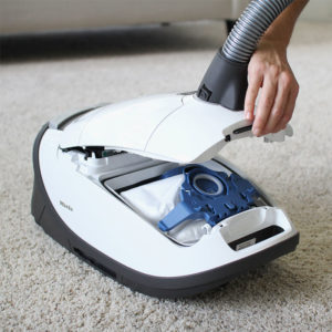 Comparison Review: Miele Complete C3 Cat & Dog vs Kona; Which Canister Vacuum is Better for Pets and High Pile Carpets?
