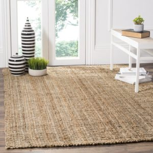 Natural carpet fiber choices - sisal, jute, seagrass, coir, and wool - Pet My Carpet.