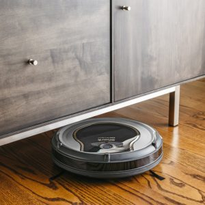 Shark Robot 750 (RV750) review and Roomba 690 comparison - Pet My Carpet.