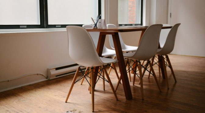 Laminate Flooring: Advantages, Disadvantages, U0026 Maintenance